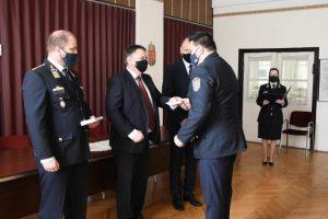 Jutalmat kaptak a kerületi rendőrök